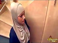 Maid árabe profundamente foderam