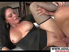 Ideal stepmom juno gives oral stimulation nifty touching bud