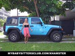 MyBabySittersClub - Babysitter überrascht mit Hahn auf bday