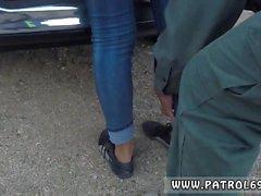 Gianna Michaels polis brunett får dras over för en kavitet finns