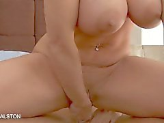Smutsigt Holly Halston blir anally knullad