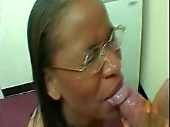 d'ébène donne pipe bâclé facial