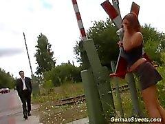 пышногрудая немецком языке рыжий в открытый втроем