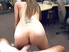 Любительские девушка показывает супер секс действий
