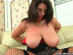 My favorite videos of British milf Lulu Lush