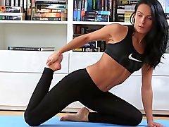 Lexi Donan Anaali Perseestä Sen jälkeen Yoga Workout