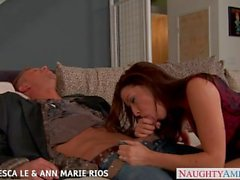 Francesca Le caliente y Ann Marie Rios cogida en trío