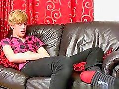 К гомосексуалистам фильмов 18 летний Остин Эллис сочный веселый парень фр