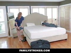 FamilyStrokes - Curvy Military Wife labouré par Stepson