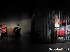 Brooke Banner Häftling Polizist