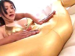 Amateur MILF fazendo sexo interracial em casa