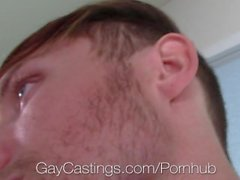 GayCastings - Clean Cut Zee Knox Tenta Para Fora Para Porn