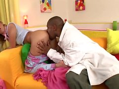Loiras parecem boas em negros - Scene 6 - DDF Productions