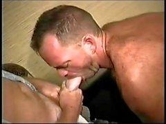 Bareback und Big Cocks 2 - Szene 2