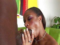 Jeanna Pinkett spreads her cheeks