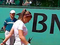 Javier Halep en del boob a Hugh de tenis beauty