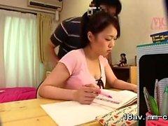 Aasian koulu tytöt pikkuhousut voyeur