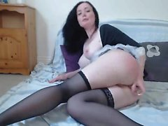 Amateur maid camgirl - more videos on sexycams8 org