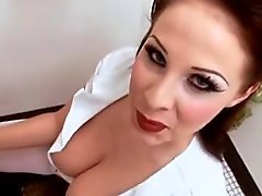 Dell'infermiera impertinente Gianna Michaels PDV