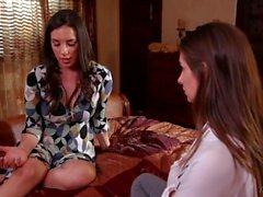 Cassidy Klein, Jelena Jensen ilahduttaa kasvotusten