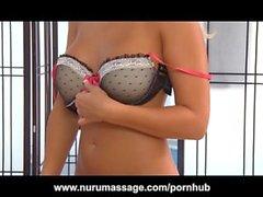 Sexy della Alessio di Monroe Massage And Ass Crepa Handjob