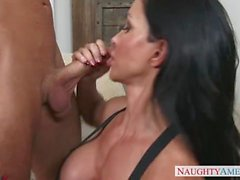 Step mom Jewels Jade gives great fucks