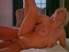 Kelly Trump - Selvaggia - scene 2