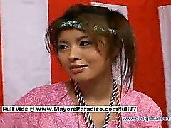 Yuzuru Japanese suçsuz çince Beauty seks hakkında bahsediyor