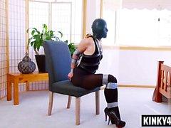 Hot pornstar bondage med cumshot