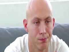 Glatzköpfigen Mann in der die Arschfotze knallte