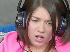 Gamer Lesben Shyla Jennings fingered
