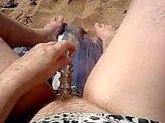 Masturboi yhdessä rannalla osa 2