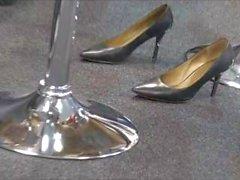 Candid Shoeplay!!!! Dangling, Dipping, ETC.