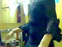 Non Nude arab dance
