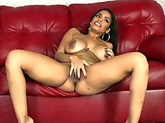 Thanksgiving Sperma auf MILF Latina Gesicht