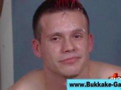 Verifique gay bukkake tesão ficar coberto