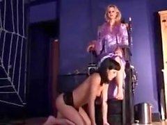 Eşcinsel esir hanım ayaklarını tapmak