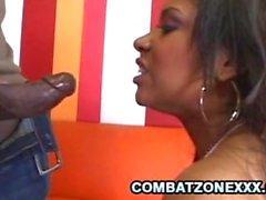 Carmen Michaels - Cornea Ebony aggiudicati dal un denso cazzo nero