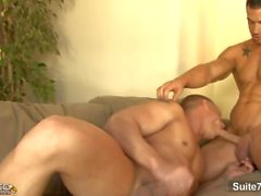 Lustful homme marié John Magnum baisée dur par gay Rod Daily