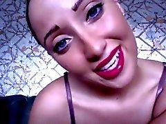 Les lèvres incroyables le JOI