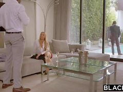 Blacked Nicole Aniston le adjudican por la BBC en su día de los dobles