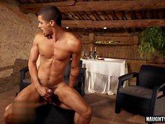 Latina flip flop gay e vídeo Ejaculação