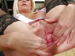 PJ Girls - Big Mature Hole