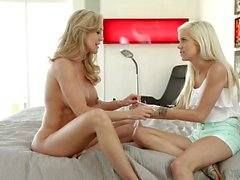 Halle Von And Brandi Love Hot Blondes