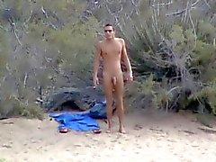 Wank to the beach