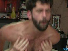 musculaire ours anal avec du visage cum vidéo