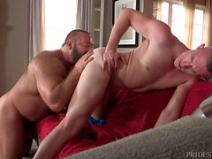 DylanLucas Bear Daddy Landlight potrebbe Just B Into Young Men