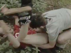 baise bareback rugueuse dans les bois