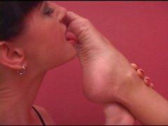 foot lick switch with lola and nyxon
