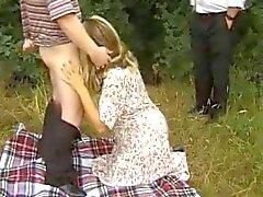 De deux Milfs apprécier le sexe Outdoor le BVR